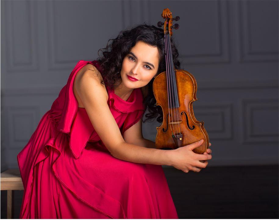 Alena Baeva (Philharmonie Zuidnederland, Eindhoven) EN